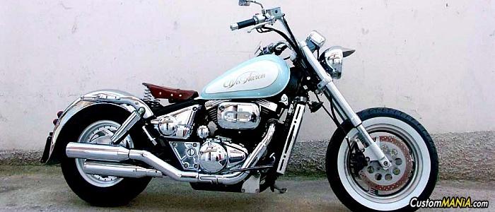 suzuki-marauder-800
