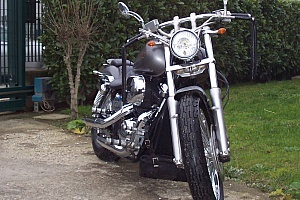 honda-vt-750-black-widow